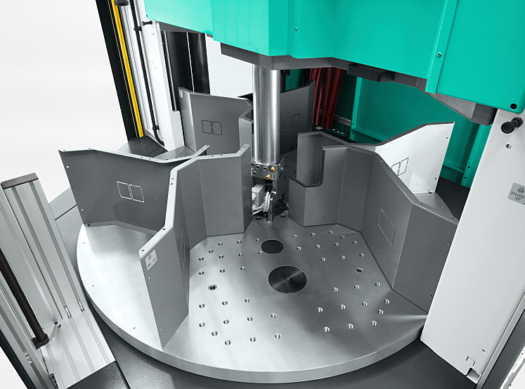 Even demanding production processes can be implemented using the three-station rotary tables of the ALLROUNDER T