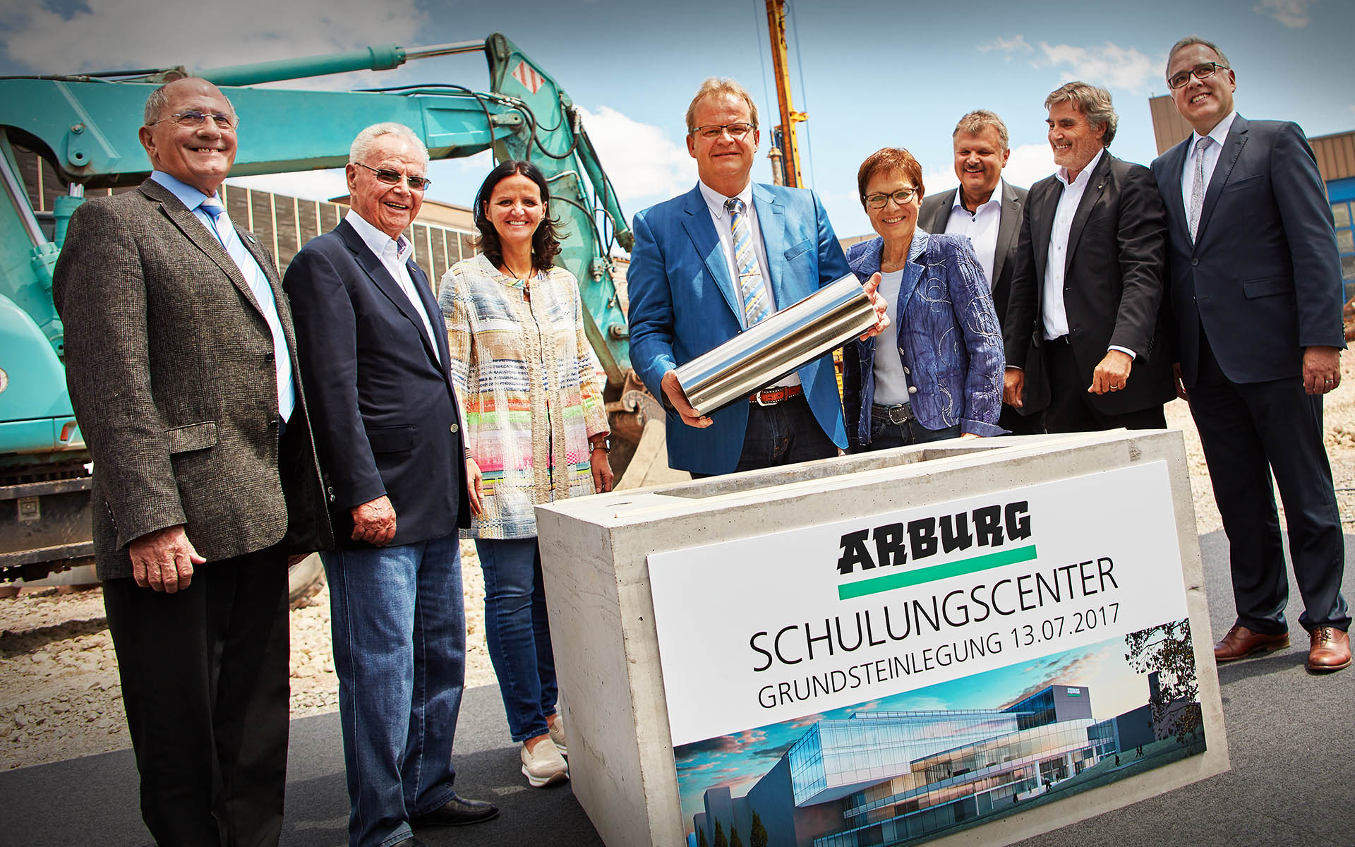 ARBURG builds a Training Center